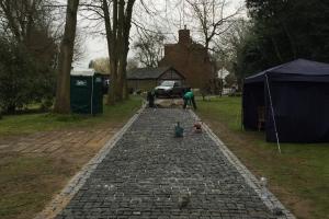 laying a granite sett driveway
