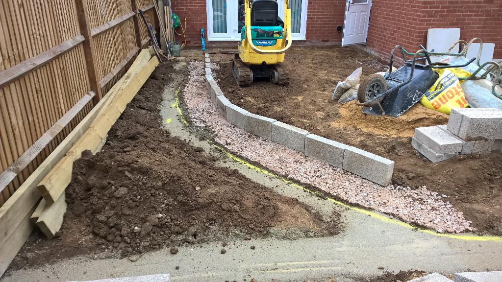 New build garden in Aylesbury that hadn't even been turfed
