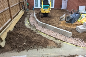 structuring a landscaped garden