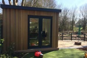 Garden office and cedar decking in Maidenhead