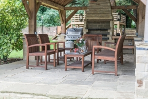 outdoor lapa with built in bbq
