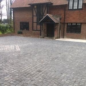 granite setts used in driveway