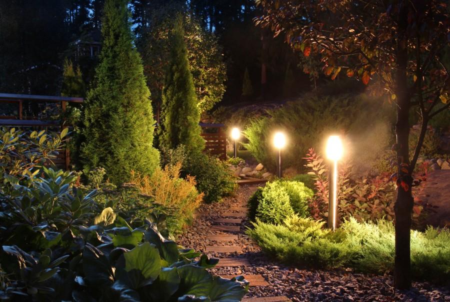 garden lights on path