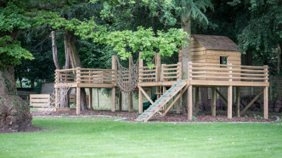 bespoke treehouse and play area